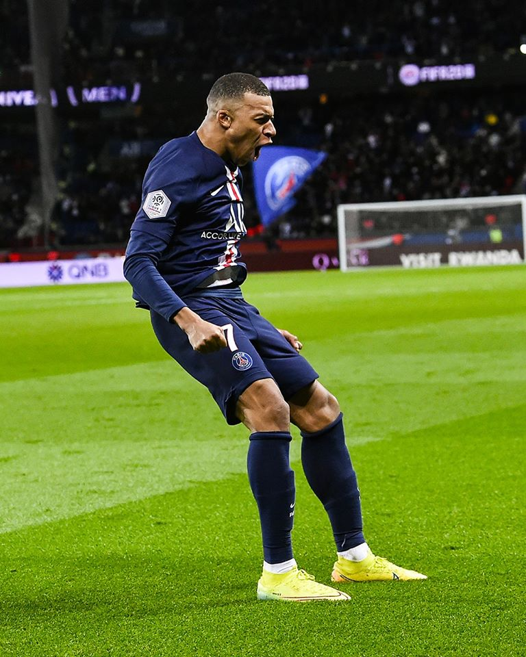 Mbappe dubl etdi - Video