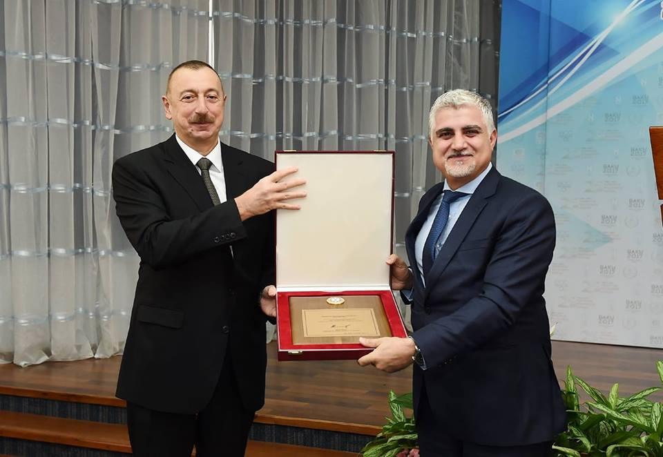 İlham Əliyev Tahir Gözəli mükafatlandırdı