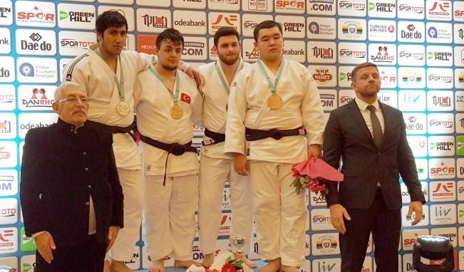 Avropa Kubokundan 5 medalla