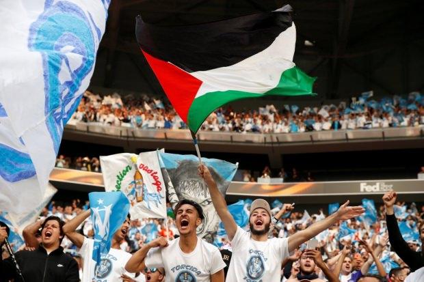 Avroliqanın finalında İsrailin terroruna etiraz