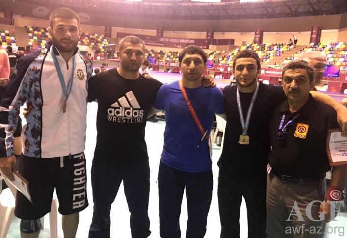 Gənc güləşçilər İstanbuldan 11 medalla qayıdır