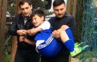 Azərbaycanda uşaq futbolçunun qolu sındı - Video