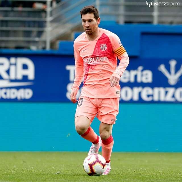 Messi iki dəqiqəyə dubl etdi - Video
