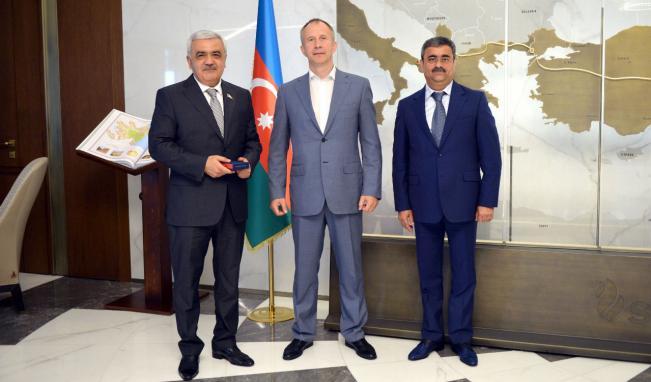 Rövnəq Abdullayev Avropa Cüdo İttifaqının prezidenti ilə görüşdü
