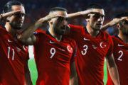 Cenk Tosun Türkiyəni zirvədə saxladı - Video