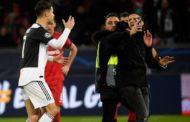 Ronaldo onunla şəkil çəkdirmək istəyən azarkeşə əsəbləşdi - Video