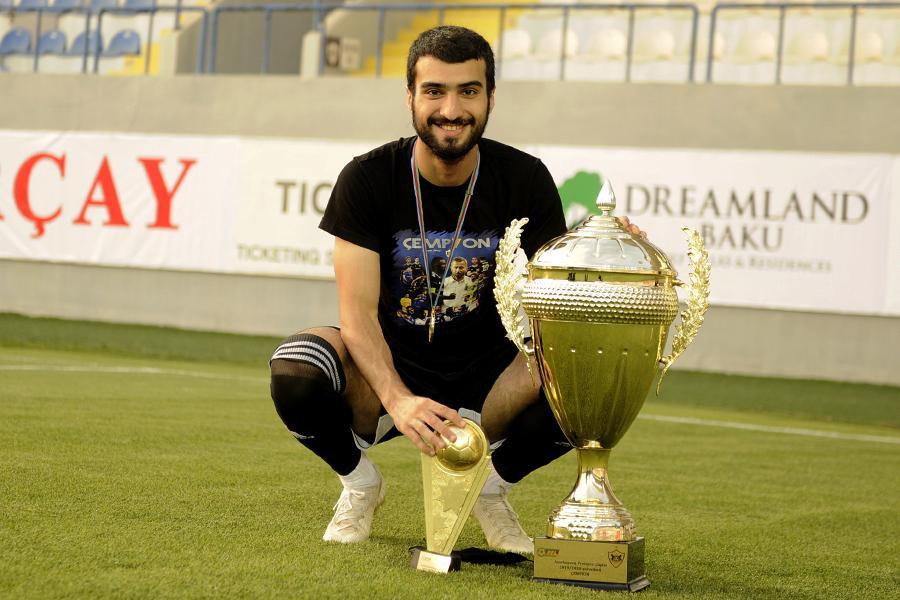 """""""Beşiktaş""""a """"Qarabağ""""ın futbolçusu təklif olunub"""